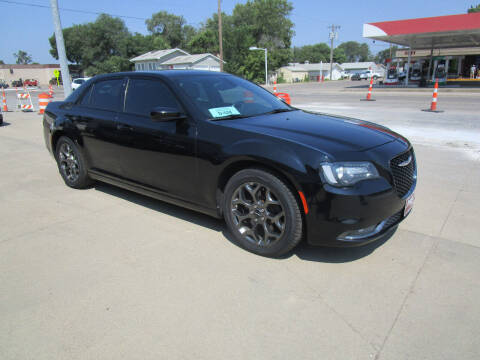 2015 Chrysler 300 for sale at Padgett Auto Sales in Aberdeen SD