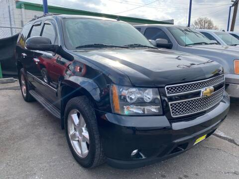 2010 Chevrolet Tahoe for sale at New Wave Auto Brokers & Sales in Denver CO