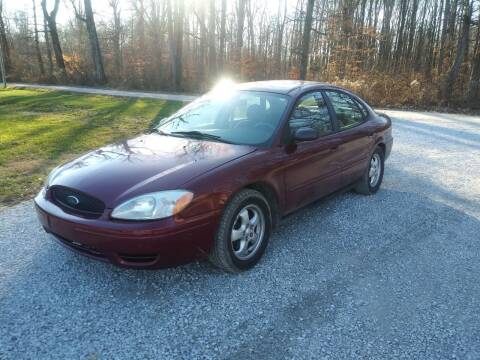 2005 Ford Taurus for sale at Doyle's Auto Sales and Service in North Vernon IN