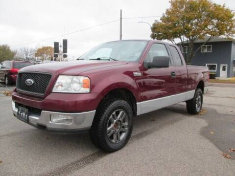 2004 Ford F-150 for sale at SCHULTZ MOTORS in Fairmont MN