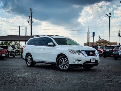 2015 Nissan Pathfinder for sale at Jerrys Auto Sales in San Benito TX