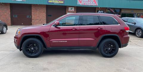 2016 Jeep Grand Cherokee for sale at Mulder Auto Tire and Lube in Orange City IA
