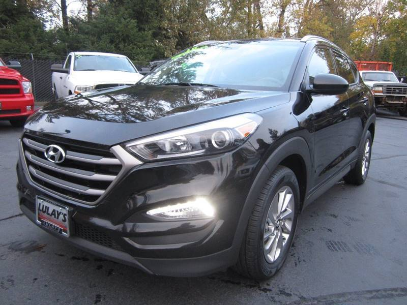 2016 Hyundai Tucson for sale at LULAY'S CAR CONNECTION in Salem OR