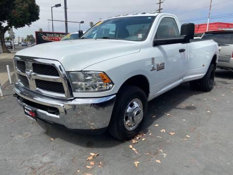 2018 RAM Ram Pickup 3500 for sale at Auto Max of Ventura in Ventura CA
