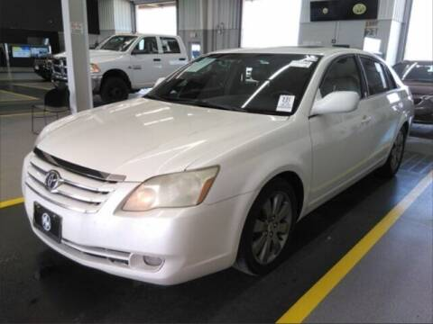 2005 Toyota Avalon for sale at HW Used Car Sales LTD in Chicago IL