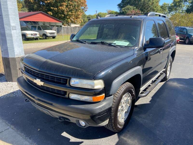 2005 Chevrolet Tahoe for sale at Sartins Auto Sales in Dyersburg TN