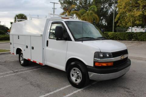 2016 Chevrolet Express Cutaway for sale at Truck and Van Outlet - All Inventory in Hollywood FL