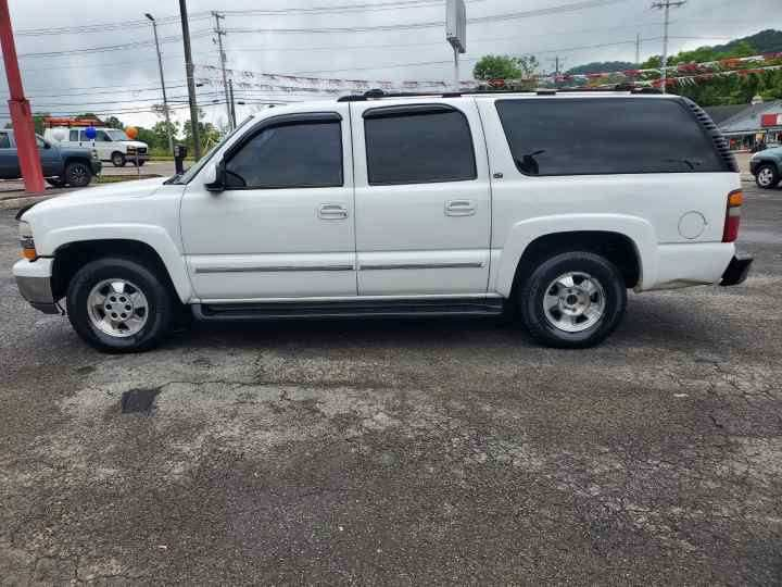 2002 Chevrolet Suburban for sale at Knoxville Wholesale in Knoxville TN