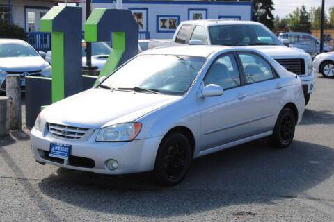 2005 Kia Spectra for sale at BAYSIDE AUTO SALES in Everett WA