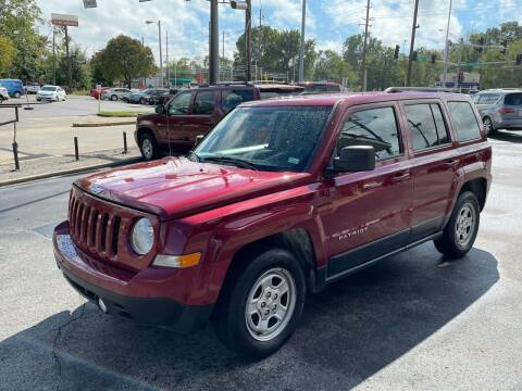 2016 Jeep Patriot for sale at Smart Buy Car Sales in Saint Louis MO