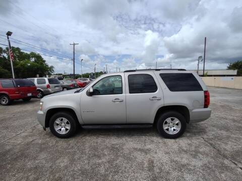 2007 Chevrolet Tahoe for sale at BIG 7 USED CARS INC in League City TX