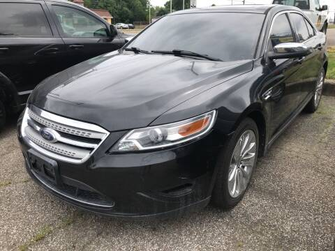 2010 Ford Taurus for sale at GREENLIGHT AUTO SALES in Akron OH