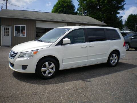 2011 Volkswagen Routan for sale at Starrs Used Cars Inc in Barnesville OH