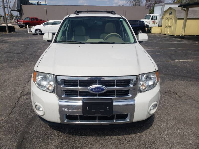 2011 Ford Escape for sale at speedy auto sales in Indianapolis IN