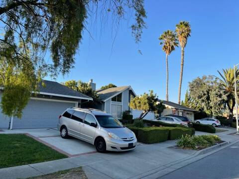 2009 Toyota Sienna for sale at Blue Eagle Motors in Fremont CA