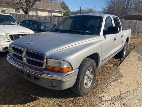 2001 Dodge Dakota for sale at Sartins Auto Sales in Dyersburg TN