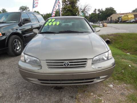 1999 Toyota Camry for sale at SCOTT HARRISON MOTOR CO in Houston TX