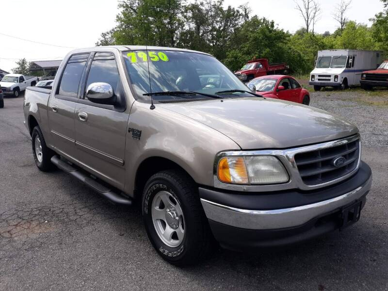 2002 Ford F-150 for sale at Rocket Center Auto Sales in Mount Carmel TN