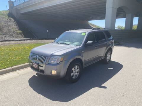 2008 Mercury Mariner for sale at Apple Auto in La Crescent MN