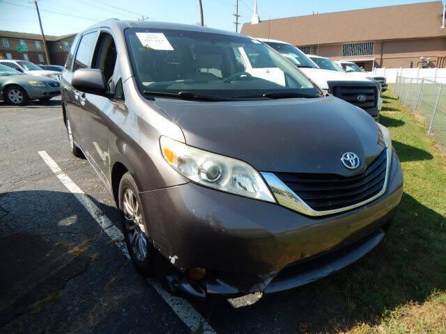 2011 Toyota Sienna Limited 7-Passenger 4dr Mini-Van - Madison TN