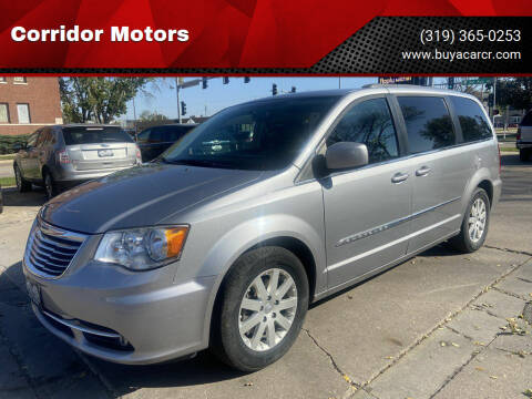 2014 Chrysler Town and Country for sale at Corridor Motors in Cedar Rapids IA