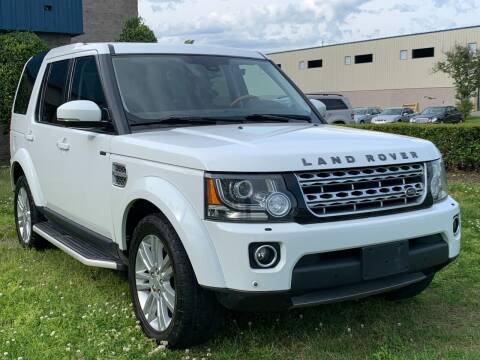 2015 Land Rover LR4 for sale at Essen Motor Company, Inc in Lebanon TN