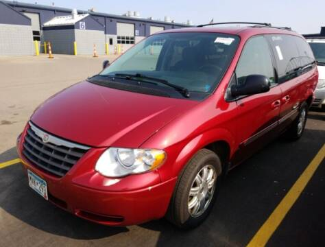 2007 Chrysler Town and Country for sale at Green Light Auto in Sioux Falls SD