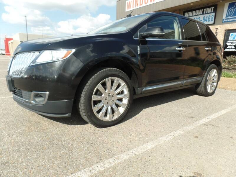 2012 Lincoln MKX for sale at Flywheel Motors, llc. in Olive Branch MS