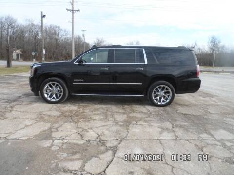2018 GMC Yukon XL for sale at Town and Country Motors in Warsaw MO