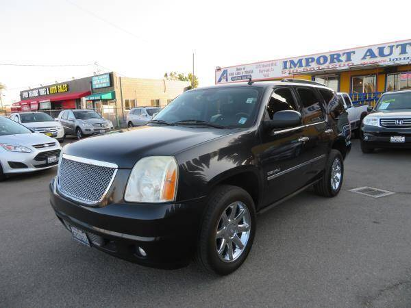 2011 GMC Yukon for sale at Import Auto World in Hayward CA