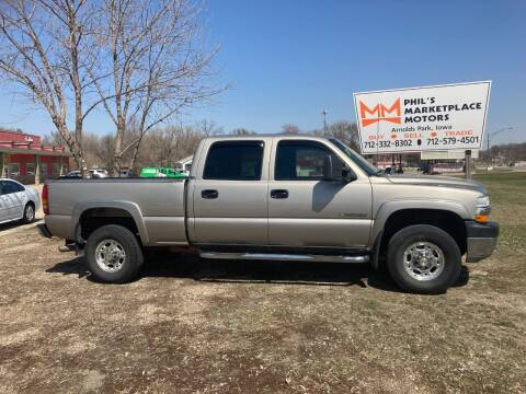 2001 Chevrolet Silverado 2500HD for sale at Phil's Marketplace Motors in Arnolds Park IA
