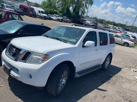 2011 Nissan Pathfinder for sale at Automotive Connection in Fairfield OH