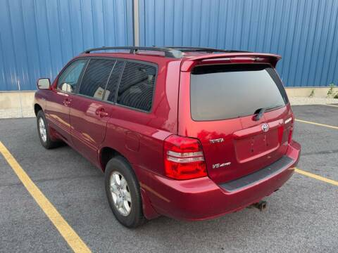 2002 Toyota Highlander for sale at COLLEGE MOTORS Inc in Bridgewater MA