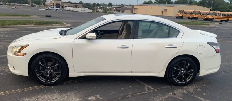 2014 Nissan Maxima for sale at In Motion Sales LLC in Olathe KS