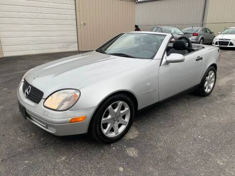 2000 Mercedes-Benz SLK for sale at Driving Xcellence in Jeffersonville IN
