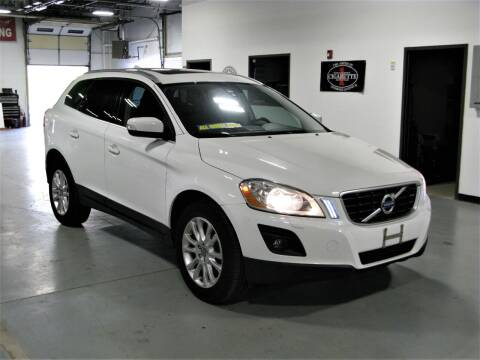2010 Volvo XC60 for sale at The Car Vault in Holliston MA