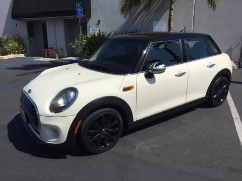 2016 MINI Hardtop 4 Door for sale at MANGIONE MOTORS ORANGE COUNTY in Costa Mesa CA