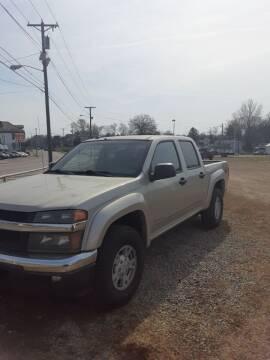 2005 Chevrolet Colorado for sale at Bates Auto & Truck Center in Zanesville OH