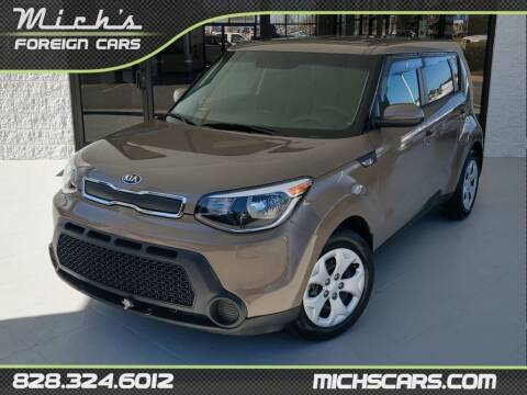 2014 Kia Soul for sale at Mich's Foreign Cars in Hickory NC
