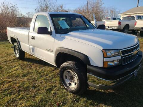 2005 Chevrolet Silverado 2500HD for sale at Lewis Blvd Auto Sales in Sioux City IA