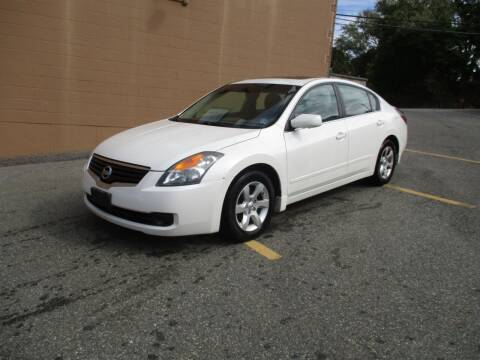 2009 Nissan Altima for sale at Route 16 Auto Brokers in Woburn MA
