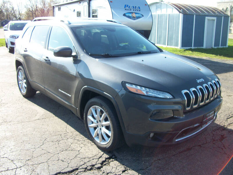2016 Jeep Cherokee for sale at USED CAR FACTORY in Janesville WI