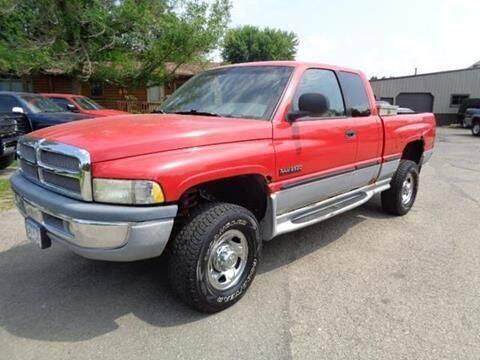1999 Dodge Ram Pickup 2500 for sale at COUNTRYSIDE AUTO INC in Austin MN