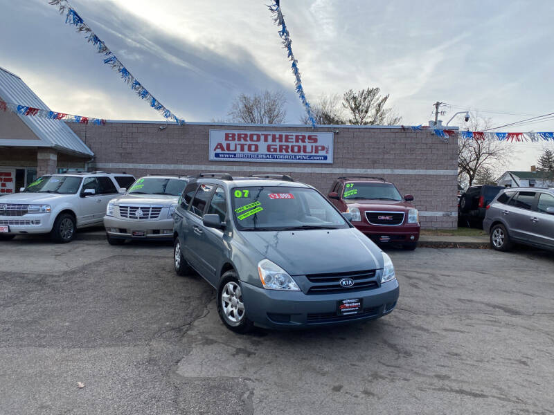 2007 Kia Sedona for sale at Brothers Auto Group in Youngstown OH