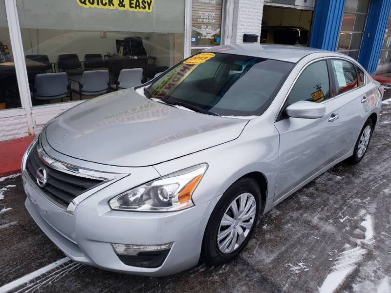 2013 Nissan Altima for sale at AutoMotion Sales in Franklin OH