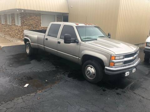 1999 Chevrolet C/K 3500 Series for sale at Walker Motors in Muncie IN