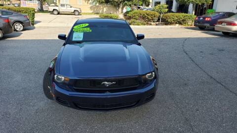 2012 Ford Mustang for sale at HCC AUTO SALES INC in Sarasota FL