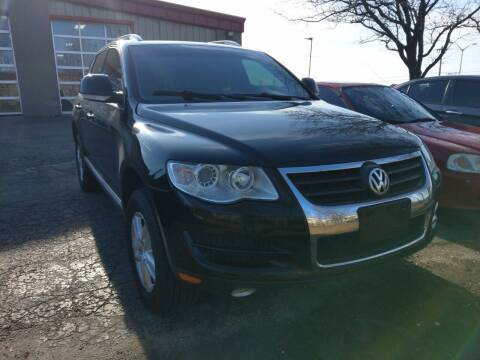 2010 Volkswagen Touareg for sale at ARP in Waukesha WI