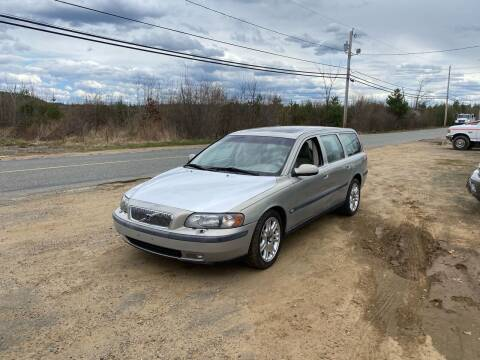 2001 Volvo V70 for sale at Classic Heaven Used Cars & Service in Brimfield MA
