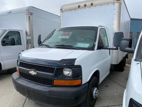 2008 Chevy Box Truck Call 701-223-8000 for info! for sale at Albers Sales and Leasing, Inc in Bismarck ND